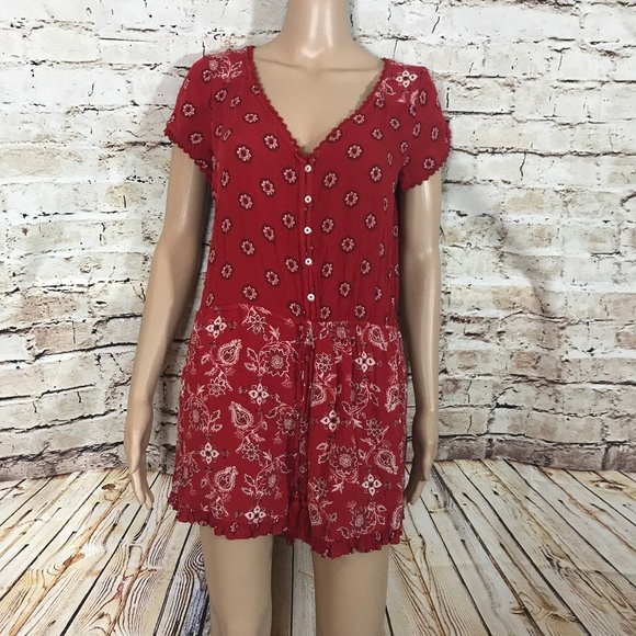 666e707f51c6 Hollister Pants - HOLLISTER RED PAISLEY PRINT ROMPER SIZE MEDIUM
